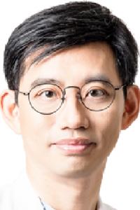 Dr. Patrick Huang2